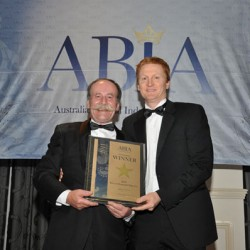 Receiving the award during the ABIA Awards 2011